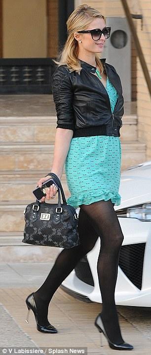 Paris Hilton Rocks Rocker Look!