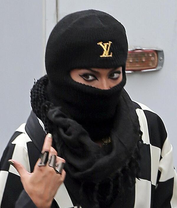 Beyonce Rocks Louis Vuitton Ski Mask While Shooting Music Video Createchaos